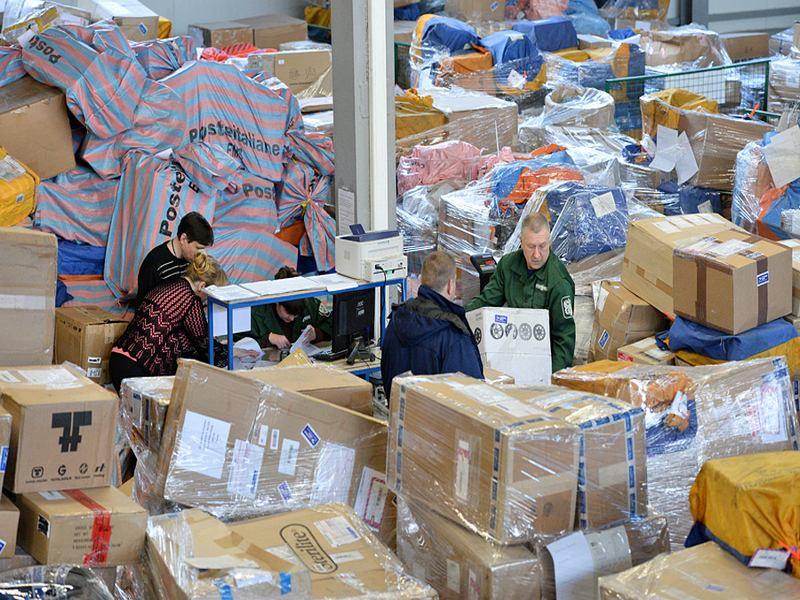 В задержках на почте обвиняют таможню