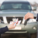 Как безопасно взять деньги под залог машины