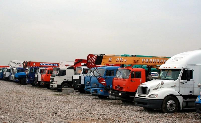 В качестве залогового имущества могут выступать грузовики и тяжелая спецтехника